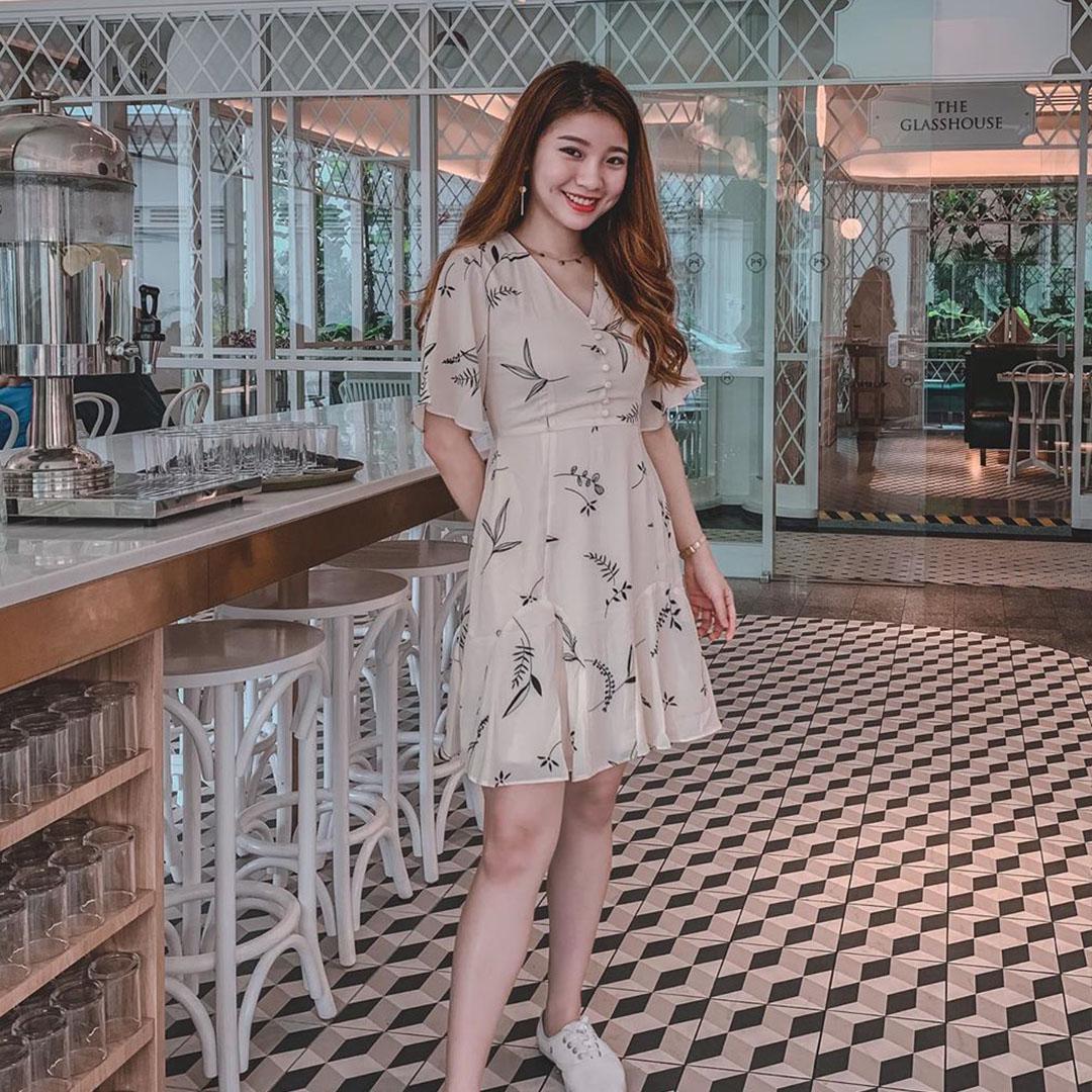 As seen on @woonsingg - Cerinne Foliage Printed Dress in Cream