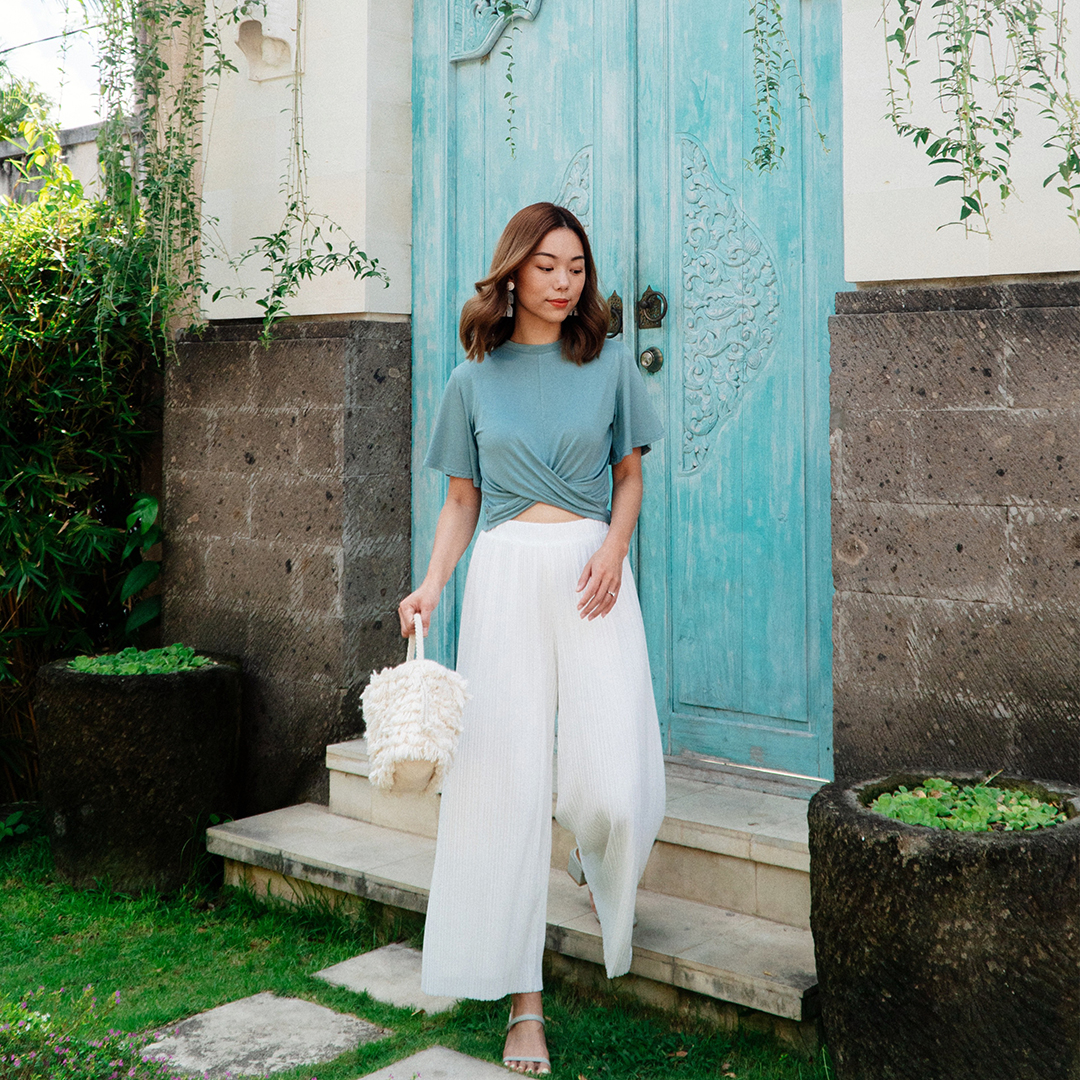 As seen on @dreachong - Naila Knotted Cotton Top & Elenca Pleated Pants