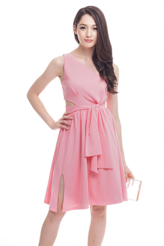 *Premium* TCL Queen of Heart Dress in Pink