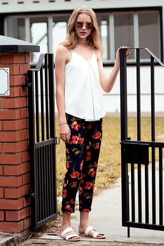 Makaylia Floral Printed Pants