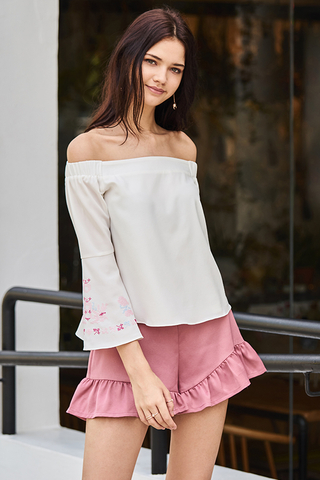 Verra Ruffles Shorts in Rose Pink