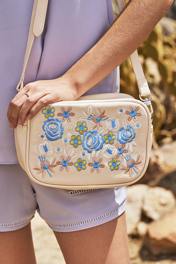 Tania Embroidered Bag in Cream