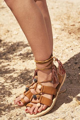 Fern Pom Pom Sandals in Tan