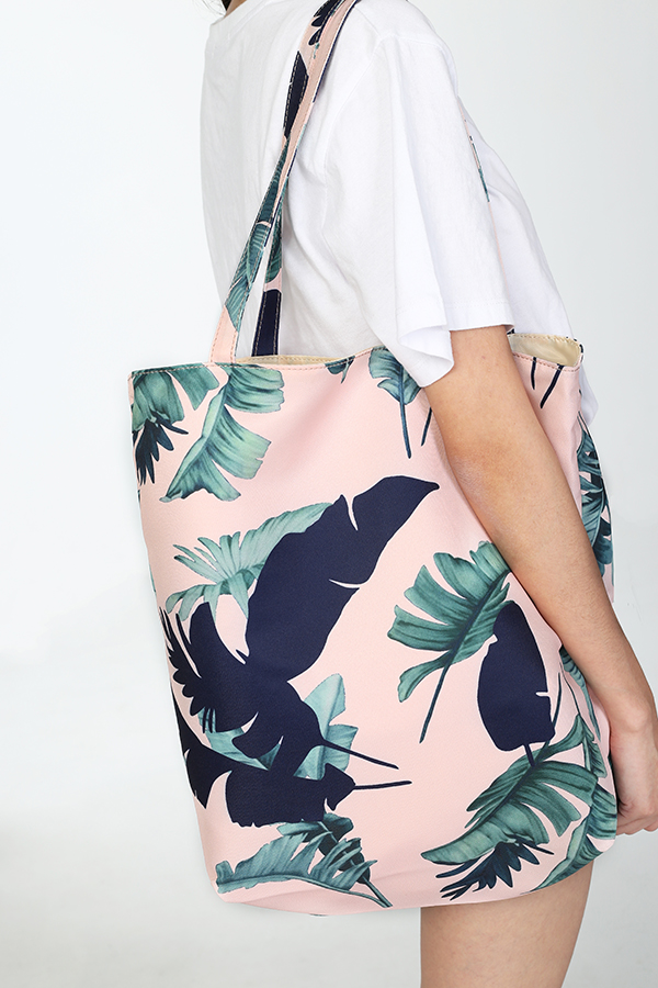 *Restock* Luela Printed Tote in Pink