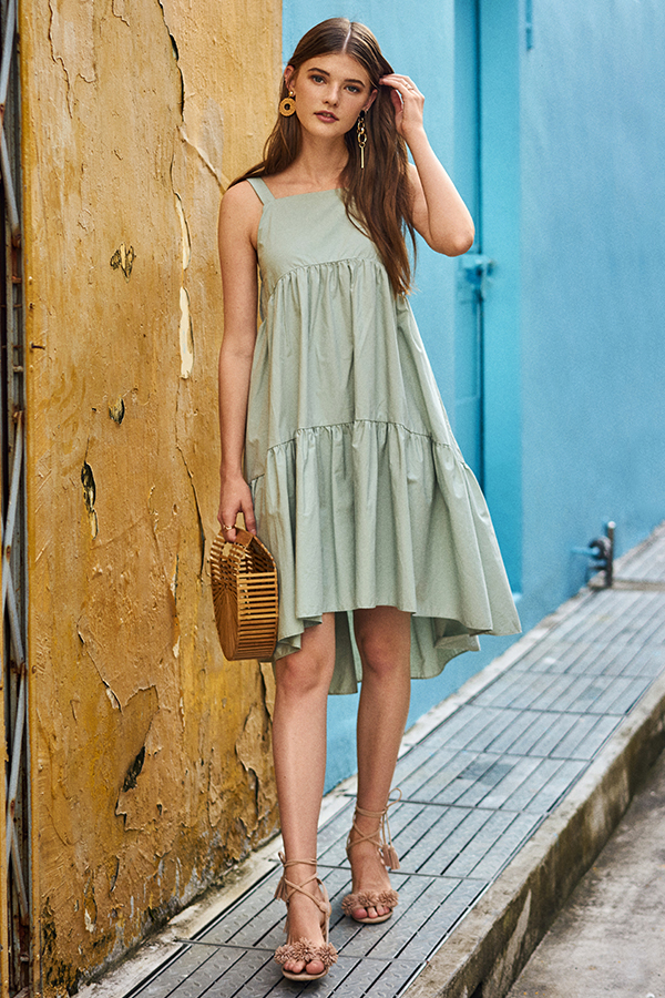 *Backorder 3* Karra Dipped Hem Midi Dress in Spring Mint