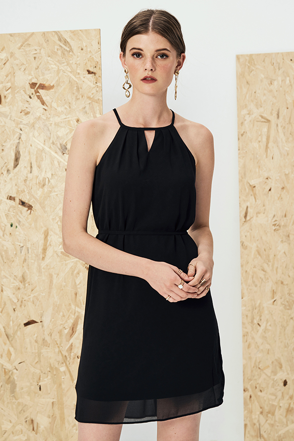 Eva Kinfolk Dress in Black