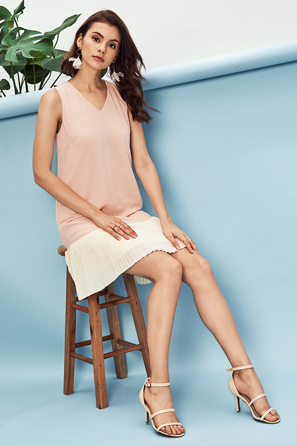 Annelie Pleated Dress in Pink