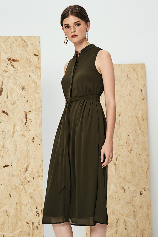 Neena Midi Dress in Olive