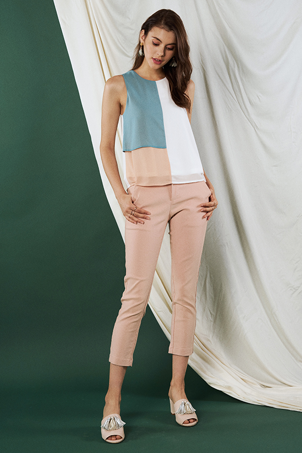 Jania Pants in Light Pink