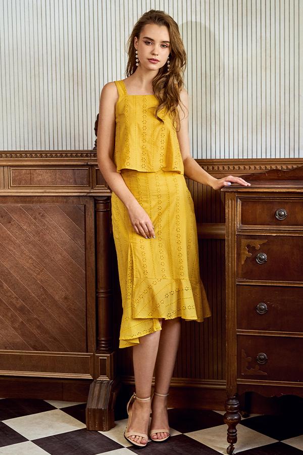 Amie Eyelet Midi Skirt in Marigold