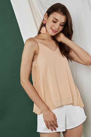 Venn Pleated Top in Peach