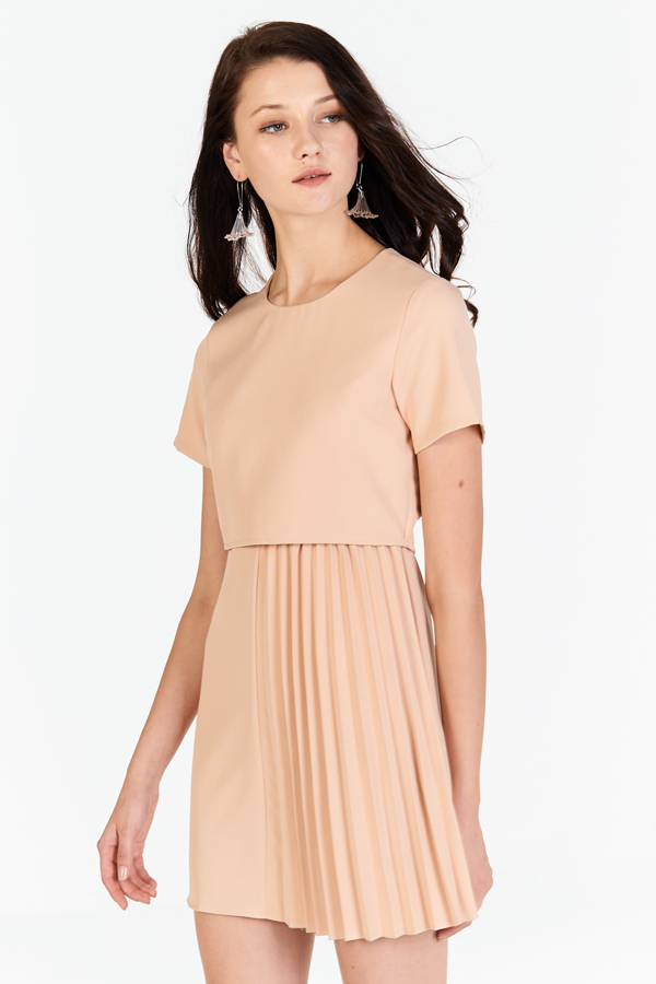Stelle Pleated Dress in Peach