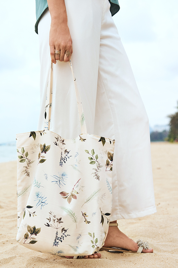 *Backorder* Alya Botanical Printed Tote