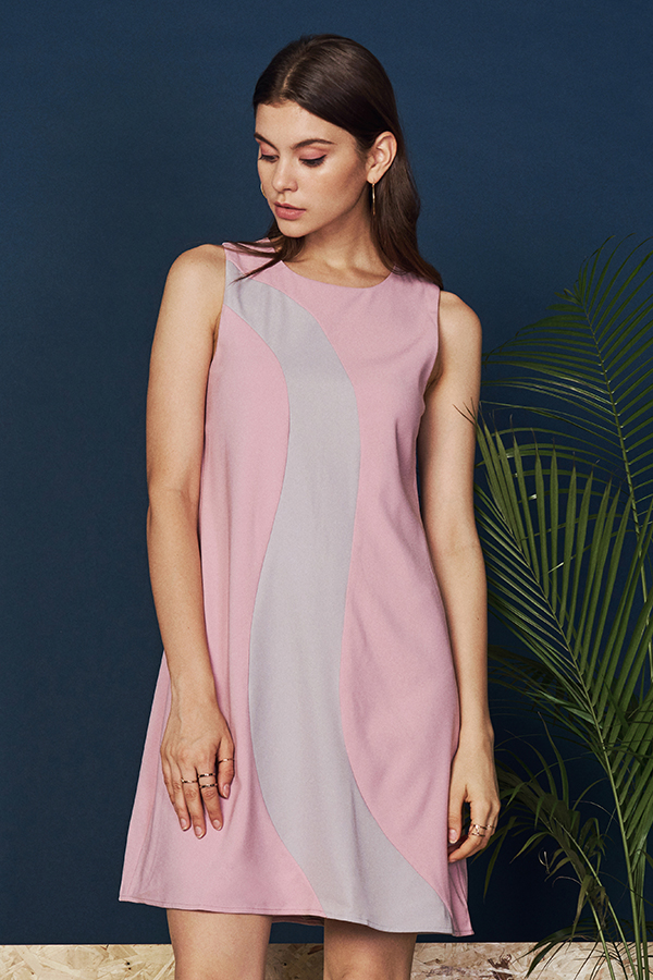 *W. By TCL* Charul Colourblock Dress in Pink