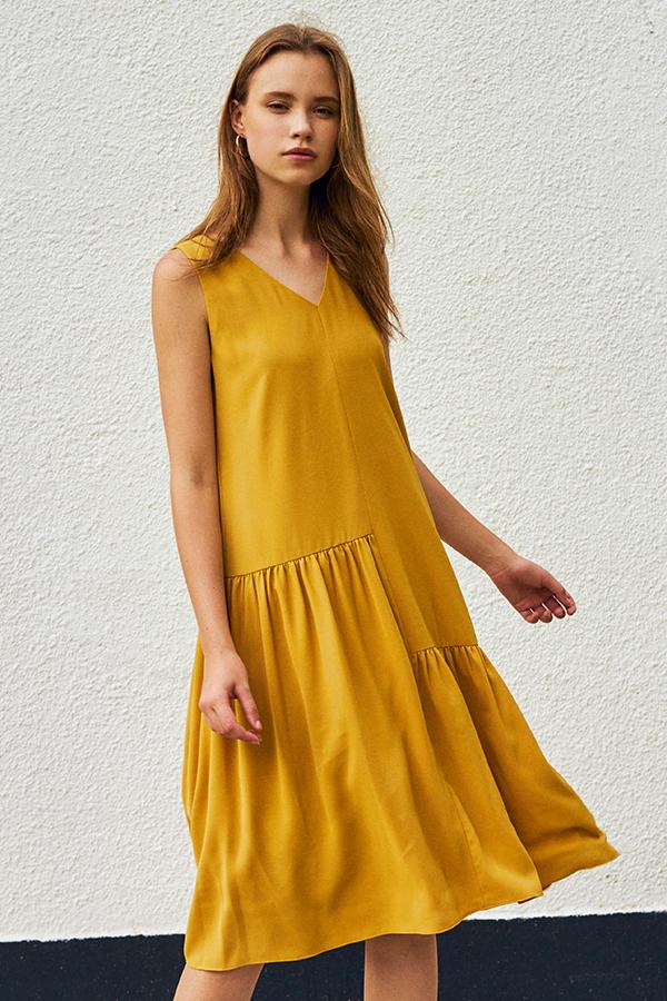 Middleton Midi Dress in Mustard