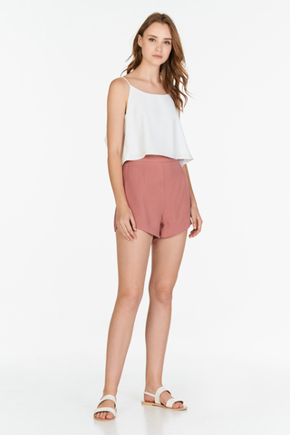 Unas Shorts in Pink