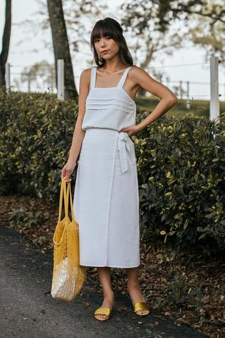 *Restock* Sahure Midi Skirt in White (S/ M)