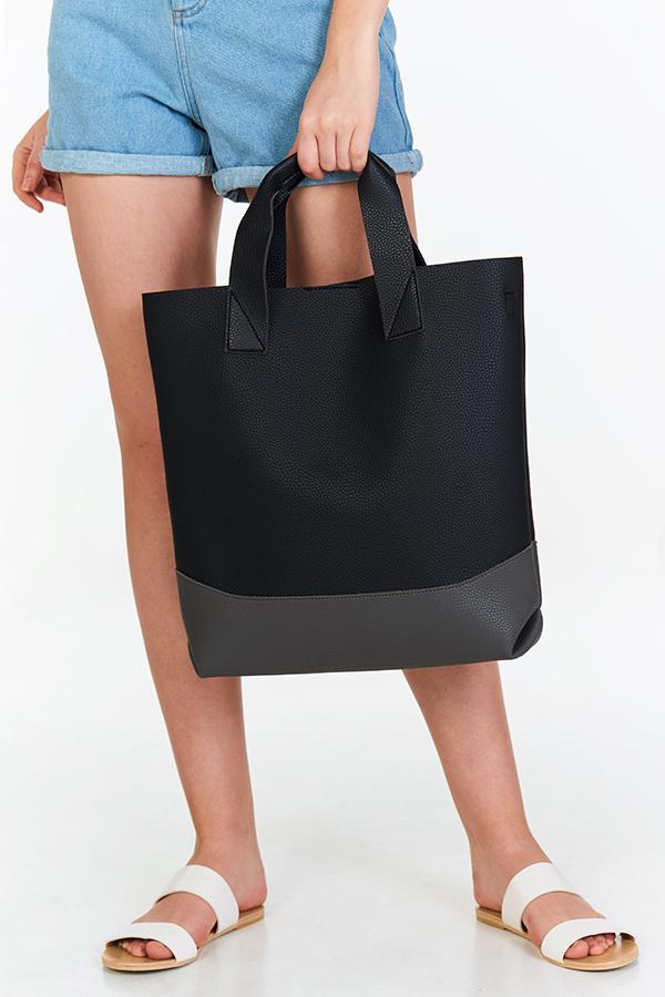 Kaela Colourblock  Bag in Black