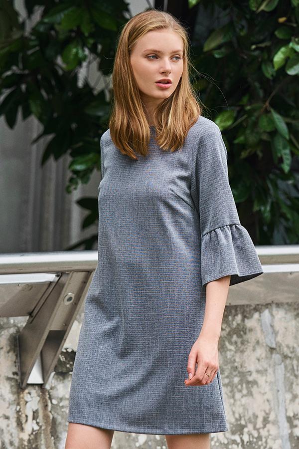 *W. By TCL* Reanne Ruffled Sleeve Dress in Grey