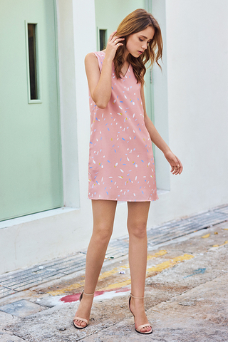 Caylie Abstract Printed Shift Dress in Pink
