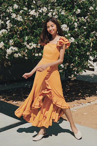 Maisha Ruffles Midi Dress in Dandelion
