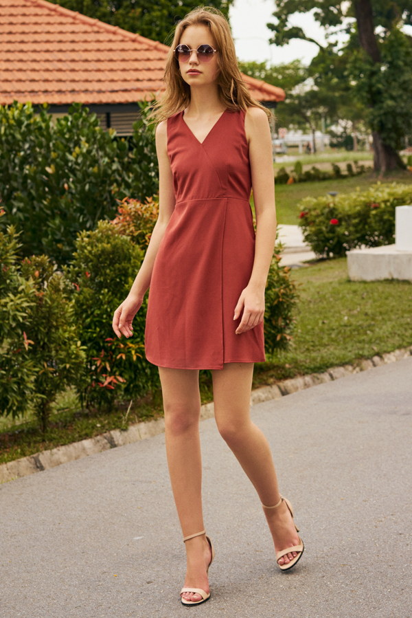 Brielle Overlap Dress in Rust