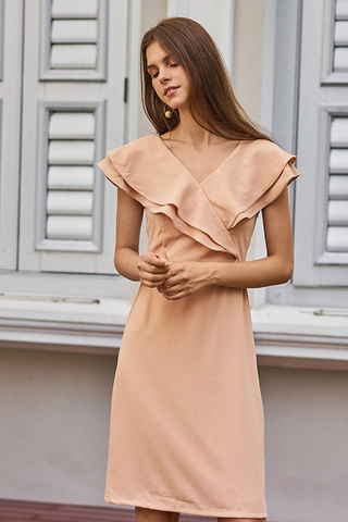 Fenn Ruffled Dress in Peach