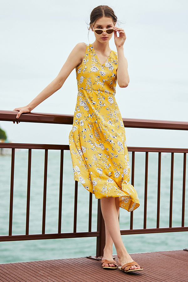 Freya Floral Printed Midi Dress in Marigold