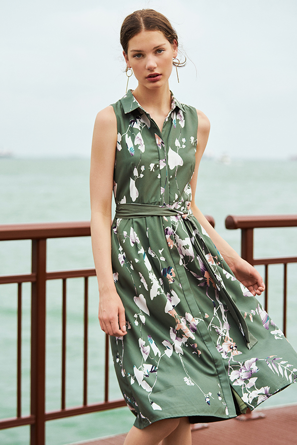 Sellene Floral Printed Midi Dress in Sage