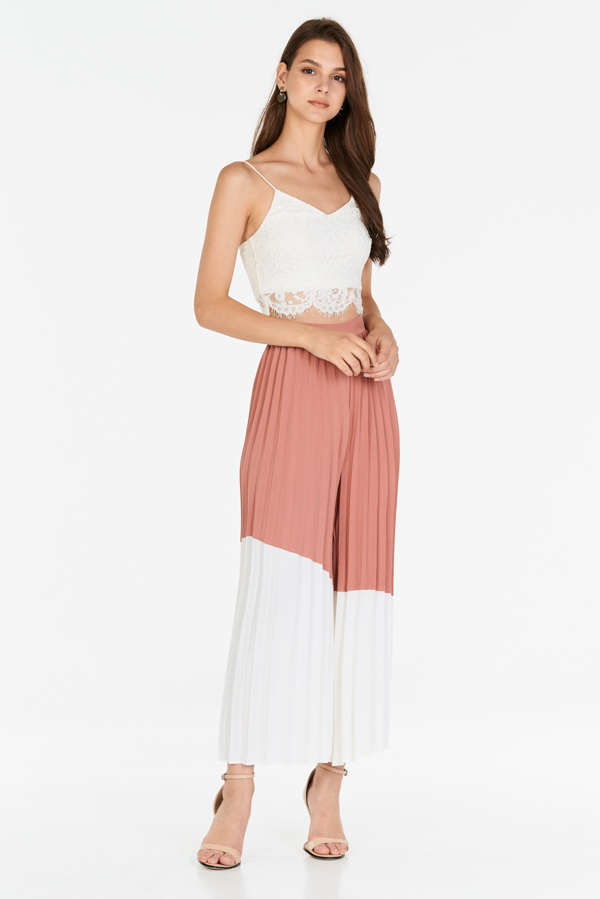 Gwyneth Pleated Pants in Pink/White