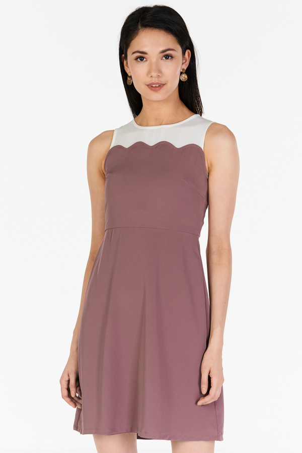 *W. By TCL* Shauna Colourblock Dress in Dusky Orchid