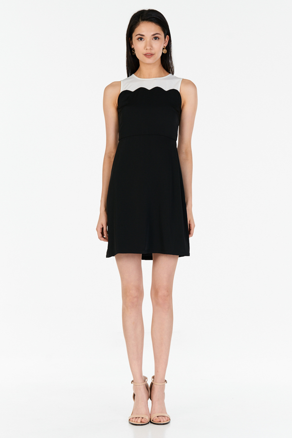 *W. By TCL* Shauna Colourblock Dress in Black
