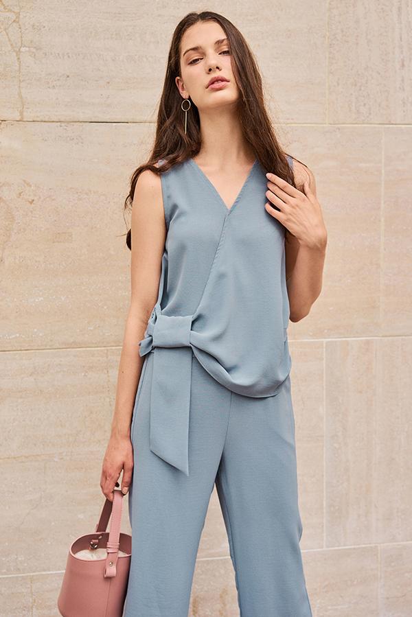 Cova Tie Detail Top in Dusty Blue