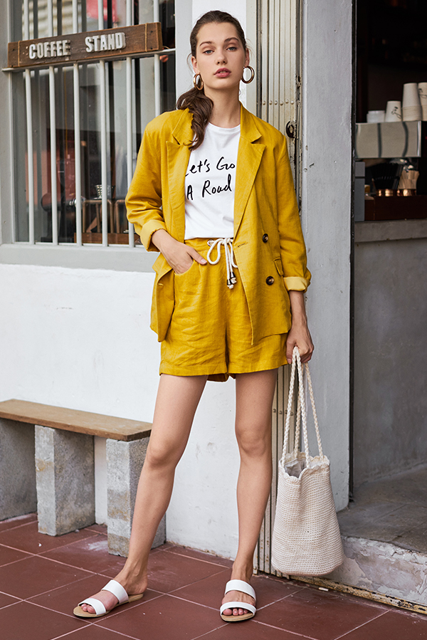Ellyse Shorts in Mustard