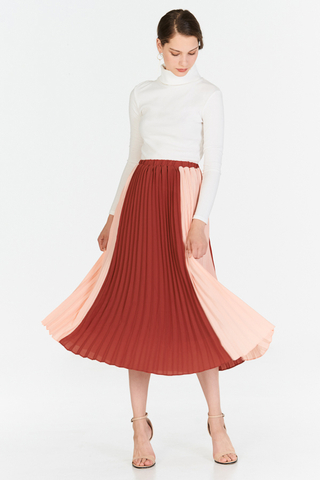 Estella Colourblock Two-Way Pleated Midi Skirt in Pink