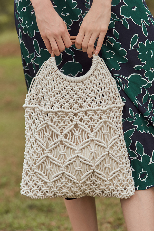 Moris Crochet Bag in Cream