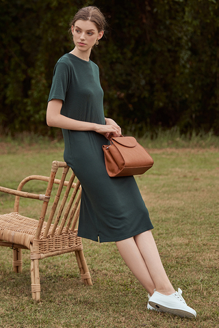 Halia Ribbed Midi Dress in Forest