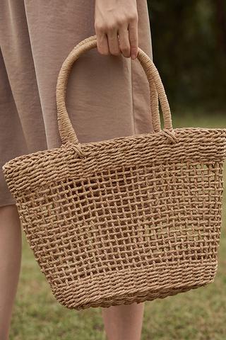 Elana Straw Bag in Beige