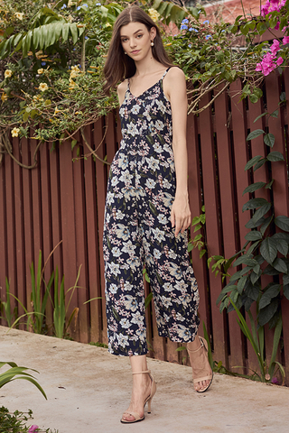 Finda Floral Printed Jumpsuit