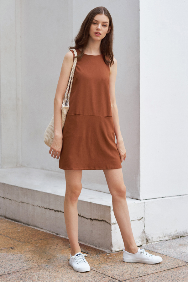 Paulyna Linen Pocket Shift Dress in Rust