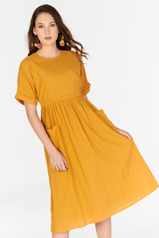 Elias Linen Midi Dress in Mustard