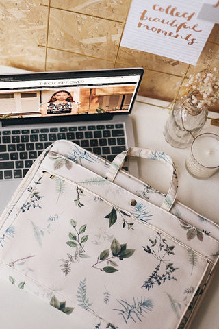 Alya Botanical Printed Laptop Bag