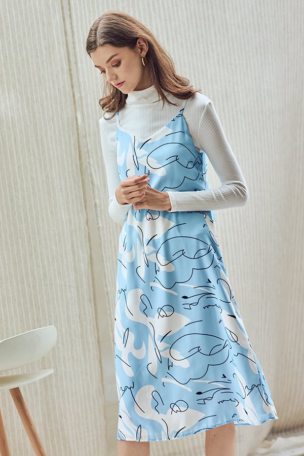 Jayle Abstract Printed Two Way Midi Dress