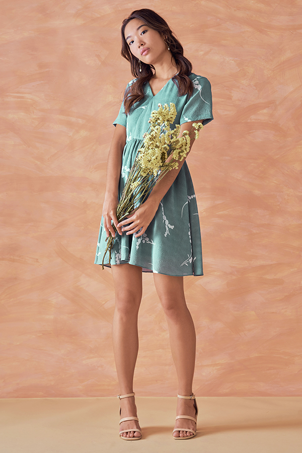 *Backorder* Anisa Printed Dress in Seafoam