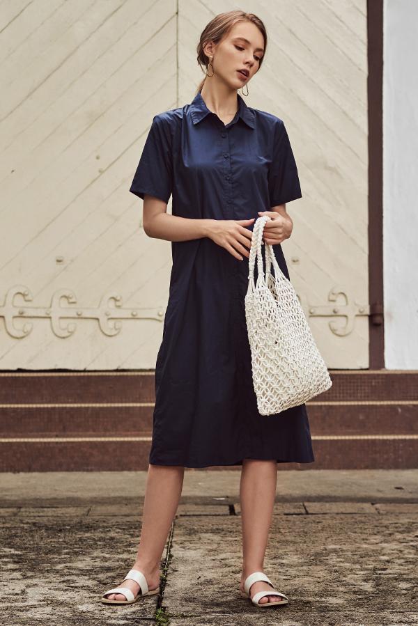 Robyn Shirt Midi Dress in Navy