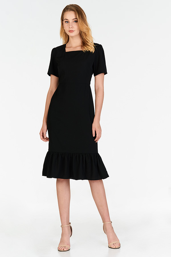 Daria Dropwaist Dress in Black