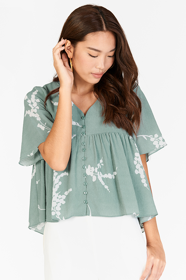 *Backorder* Anisa Printed Top in Seafoam