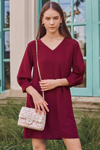Avinna Sleeved Dress in Wine