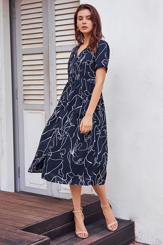 Enila Abstract Printed Midi Dress