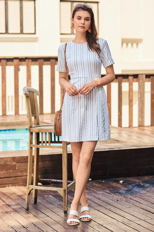 Helon Stripes Dress